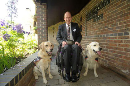 25-year-hounds-for-heroes1 Dignity Pet Crematorium Celebrates 25 years of Service